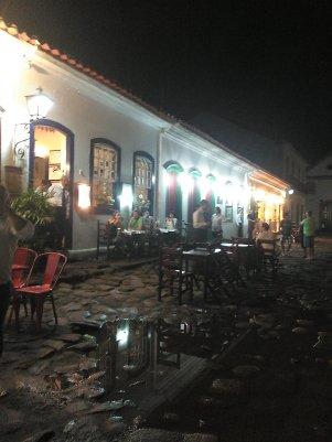 Paraty de noche - Night in Paraty
